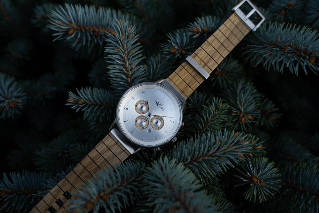 Model Bert Oak s chronografem